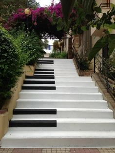 Piano Stairs in Pagrati, Athens, Greece. These would be some cool stairs in a house : )