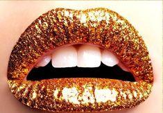 #Lips #Golden #Makeu