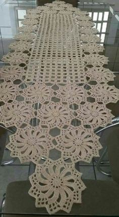 Free Patterns Archives - Beautiful Crochet Patterns and Knitting Patterns Filet Crochet, Crochet Diy, Crochet Chart, Crochet Home, Thread Crochet, Vintage Crochet, Crochet Ideas, Crochet Table Runner Pattern, Crochet Doily Patterns