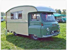 56 Best Cool Caravans, Camper Vans (RVS) Ideas for Traavel Trailers Old Campers, Vintage Campers Trailers, Retro Campers, Vintage Caravans, Camper Trailers, Kombi Trailer, Camper Caravan, Camper Van, Vw Camping