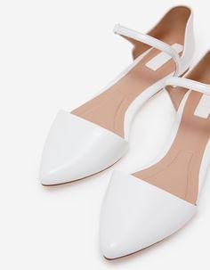 Stradivarius Chaussures plates velcro blanc