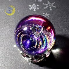 by francis Kawaii Jewelry, Kawaii Accessories, Resin Jewelry, Diy Jewelry, Jewelery, Fused Glass Art, Glass Paperweights, Diy Schmuck, Schmuck Design