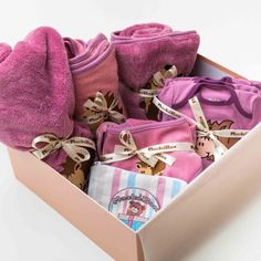 MackóBox – Babaruha Webshop Lany, Gift Wrapping, Gifts, Paper Wrapping, Presents, Wrapping Gifts, Favors, Gift Packaging, Present Wrapping