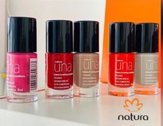 Natura Cosmetics, Lipstick, Hollywood, Natural, Red, Beauty, Beauty Products, Enamels, Finger Nails