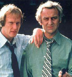 'The Sweeney' with Dennis Waterman as Detective Sergeant George Carter and John Thaw as Detective Inspector Jack Regan: iconic TV Great Tv Shows, Old Tv Shows, The Sweeney, Tv Detectives, Vintage Television, Television Program, Vintage Tv, Classic Tv, Actresses