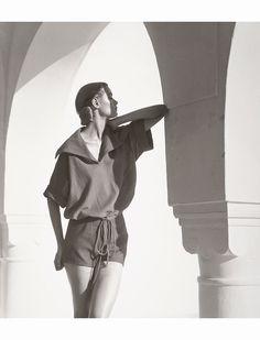 Natalie Paine, Tunisia 1950 © Louise Dahl-Wolfe