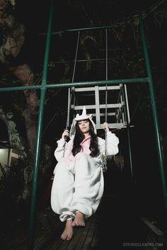 Ensaio debutante. Meiga. Book 15 anos. Moderna, Linda, Inspiração. Pijama Unicórnio. Play balanço