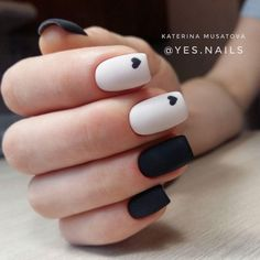 On average, the finger nails grow from 3 to millimeters per month. If it is difficult to change their growth rate, however, it is possible to cheat on their appearance and length through false nails. Chic Nails, Stylish Nails, Trendy Nails, Swag Nails, Classy Nails, Summer Acrylic Nails, Best Acrylic Nails, Spring Nails, Summer Nails