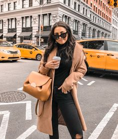 New Fashion Street Style New York Winter 37 Ideas New York Outfits, City Outfits, Paris Outfits, Mode Outfits, Black Outfits, Casual Outfits, New York Winter Outfit, Fall Winter Outfits, Dress Winter
