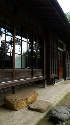 Japanese Style Architecture traditional japanese house interior. it's so open and in harmony