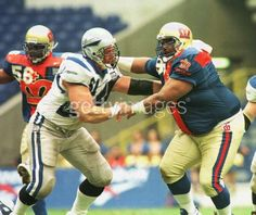 """World League of American Football London Monarchs vs. Scottish Claymores from April 1996. Yes, that's William """"The Fridge"""" Perry (No. 95). Note the soccer style numbers on their upper right chest and large logos on the front of the jerseys."""