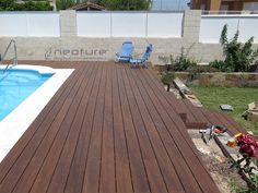 Tarima madera composite encapsulada para piscinas. Mod. NeoCros Color Ipe.
