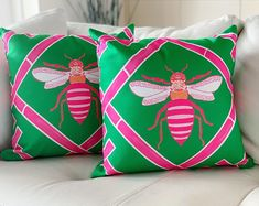 The Queen Bee Collection Pink and green queens, this one is for you! Pink bamboo design with our signature Queen Bee in the center. Pillow has design on both the front and back. Premium indoor/outdoor fabric - cover only Hidden zipper Green Queen, Bamboo Design, Design Repeats, Chinoiserie Chic, Personalized Baby Blankets, Outdoor Fabric, Outdoor Material, Indoor Outdoor, Queen Bees