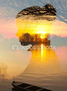Двойной экспозиции - силуэт девушки пейзаж, показаны реки и лодка на рассвете весны — Стоковое изображение #82779486