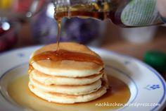 Endlich Wochenende, endlich Zeit sich ein leckeres Frühstück zuzubereiten. Frühstücken ist ja so ne Sache bei mir. Eigentlich bin ich ein Frühstücksmuffel. Mal davon abgesehen, dass ich morgens kau…