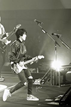 """[141029 CNBLUE 2014 ARENA TOUR """"WAVE"""" in Tokyo, Budokan Day1]"""
