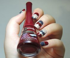 LOVE this colour combination!!! Blackened-red, dusty, dark grey and an off-white bold stripe mani!!!