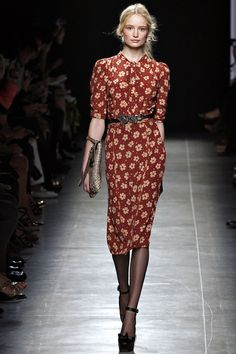 Bottega Veneta. Spring 2013 Ready to Wear. Burgundy floral print dress with a serious vintage vibe.