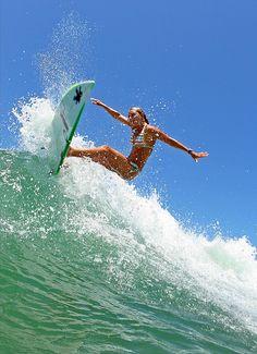 Wave City, Surf City, Surf Girls, Beach Girls, Foto Sport, Surfer Boys, Surfing Pictures, Skate Surf, Surfs Up