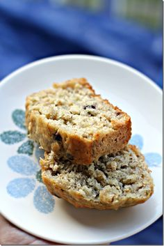 Blueberry Oatmeal Banana Bread ~ Healthy, yummy and soooo good!