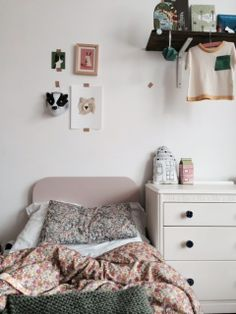 Teen girl bedrooms, simply plush teen girl room decor project ref 3629300305 to attempt now.