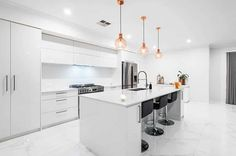 Modern kitchen with white high gloss cabinets large island with white quartz marble look porcelain tile flooring High Gloss Kitchen Cabinets, White Gloss Kitchen, White Cabinets, Kitchen Flooring, Tile Flooring, Modern Kitchen Design, Kitchen Designs, Painting Cabinets, Cabinet Design