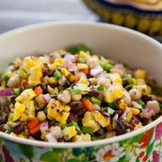Grilled Corn and Bean Salad (Valerie Bertinelli) @keyingredient #recipes #delicious #italian