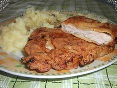 2 - 3 kotlety naklepeme a vložíme do nálevu.  Necháme 1 den v ledničce uležet. Smažíme na oleji a podáváme nejlépe s bramborovou kaší. Pork, Meat, Chicken, Kale Stir Fry, Cubs, Pork Chops
