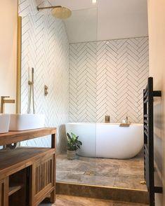 Long Narrow Bathroom, Small Bathroom Layout, Wet Room Bathroom, Upstairs Bathrooms, Wet Room With Bath, Shower Ideas Bathroom, Bathroom With Shower And Bath, Earthy Bathroom, Nature Bathroom