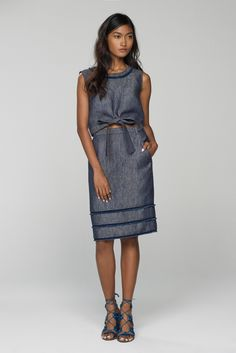 See the complete Banana Republic Spring 2016 Ready-to-Wear collection.