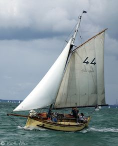 Dolphin of Leith, sailing of Portsmouth by Keith Allso Classic Sailing, Classic Yachts, Love Boat, Wood Boats, Yacht Boat, Sail Away, Small Boats, Boat Building, Tall Ships