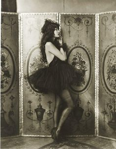 Ziegfeld Follies, Dolores Costello (silent film starlet..she's also Drew Barrymore's grandmother)