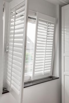 JASNO shutters op een draaikiepraam wit