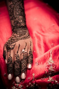Stunning Modern Henna Inspired Styled Shoot. - Asian Wedding Ideas