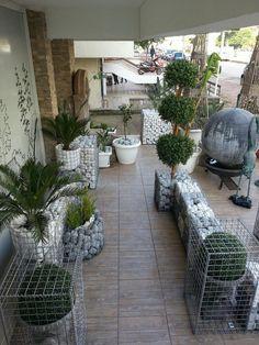 Outside Plants, Outside Patio, Outdoor Landscaping, Outdoor Gardens, Outdoor Decor, Gabion Stone, Landscape Design, Garden Design, Outdoor Kitchen Patio