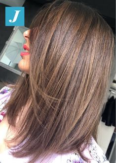 49 Beautiful light brown hair color to try for a new look Brown Hair Balayage, Hair Highlights, Medium Hair Styles, Short Hair Styles, Haircut For Thick Hair, Brunette Hair, Hair Looks, Pretty Hairstyles, Hair Lengths