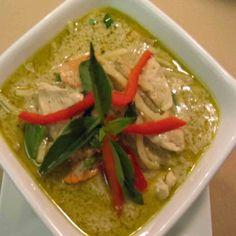 Delicious Thai Green Curry Chicken