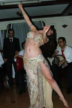 The Dying Art of Belly Dancing in Conservative Egypt | VICE | United States