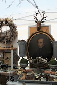 The vendors at the Country Living Fair Atlanta 2017 did a great job of composing wonderful vignettes of their wares in beautiful a. Antique Store Displays, Vintage Display, Country Living Fair, Country Fair, Antique Show, Antique Stores, Antique Dealers, Cookie Cutter House, Antique Booth Ideas