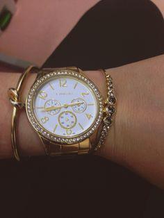 b3a9ed1d092 Dourado!  clock  relogio  horas  lince  pulseiras  dourado  hours