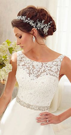 .Wedding dress found on Planning Wedding #weddingdress    jαɢlαdy