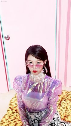 180926 징스타 #IU Kpop Girl Groups, Korean Girl Groups, Kpop Girls, Debut Planning, Iu Fashion, Girl Inspiration, Kpop Aesthetic, Female Singers, Korean Actresses