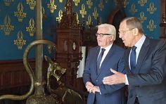 Die Außenminister Russlands und Deutschlands, Sergej Lawrow und Frank-Walter Steinmeier, haben am Dienstag die Situation im syrischen Aleppo erörtert. Zentrales Thema des Telefongesprächs, das auf Initiative Berlins stattfand, war die schwere humanitäre Lage in der Stadt, teilte das russische Außenamt nach dem Telefonat mit.