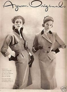 Jean Patchett on the right. I want to say that's Suzy Parker on the left, but I'm not sure. Fifties Fashion, Retro Fashion, Fashion Vintage, Vintage Style Outfits, Vintage Dresses, Stylish Womens Suits, Suzy Parker, Jackie Kennedy Style, Vintage Fashion Photography