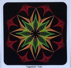 Geometrie 13 NEON - Tageslichtfoto Motiv: A&N Figur 70 Doppelkarte mit Umschlag 13,5 x 13,5 cm