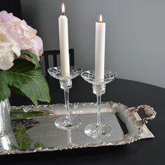 Vackert par i ljusstakar från Karlskoga kristallsliperi Candles, Vintage, Vintage Comics, Primitive, Pillar Candles, Lights, Candle