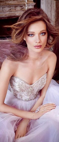 lazaro fall 2015 wedding dresses bridal tulle ball strapless sweetheart jeweled chandelier beaded natural chapel close up 2015 Wedding Dresses, Wedding 2015, Bridal Dresses, Wedding Gowns, Glamour, Lazaro Bridal, Color Violeta, Color Lila, Braut Make-up