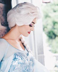 Frozen Cosplay, Elsa Cosplay, Disney Cosplay, Disney Costumes, Disney Love, Disney Magic, Disney Frozen, Frozen Queen, Queen Elsa