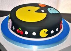 torta de bebe pacman - Buscar con Google Bolo Pac Man, Pac Man Cake, Festa Do Pac Man, Pac Man Party, Video Game Cakes, Friends Cake, Birthday Cake Decorating, Novelty Cakes, Diy Cake