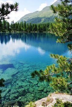 Lago Viola Graubünden switzerland